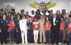MIDE reconoce a miembros de las Fuerzas Armadas por su gran labor y...